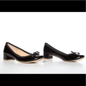 Tory Burch Patent Leather Round Toe Pump